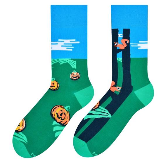 Pumpkins colorful socks design 1